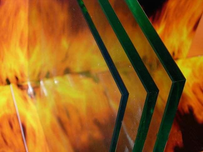 防火玻璃-任丘银晶钢化玻璃厂